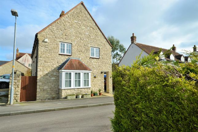 Thumbnail Property for sale in The Fields, Mere, Warminster