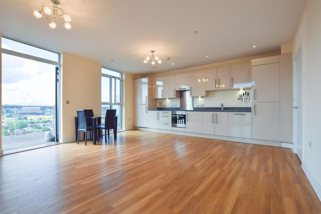 Thumbnail Flat to rent in Braunston House, Hatton Road, Wembley