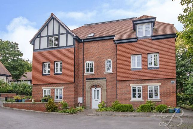 Thumbnail Flat for sale in Lochbuie Court, Mansfield