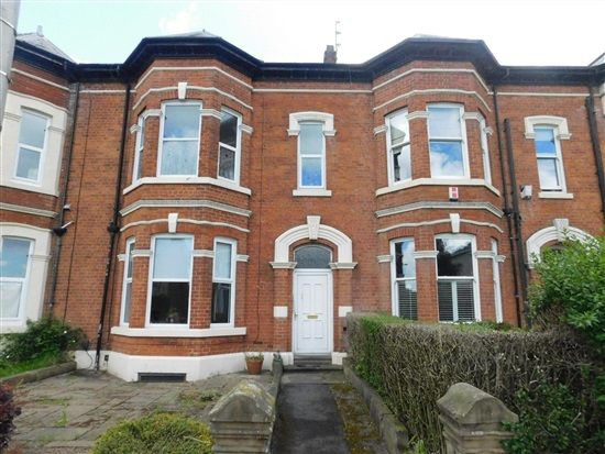 Thumbnail Flat to rent in Garstang Road, Fulwood, Preston