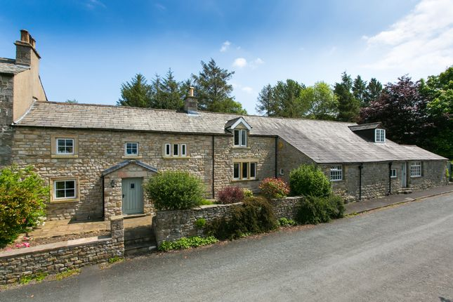 Thumbnail Farmhouse for sale in Holme Farm, Farleton, Near Lancaster