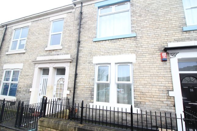 4 bed maisonette to rent in Dilston Road, Arthurs Hill, Newcastle Upon Tyne