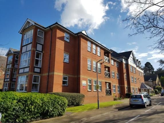 Thumbnail Flat for sale in Harrison Court, Harrison Close, Hitchin, Hertfordshire