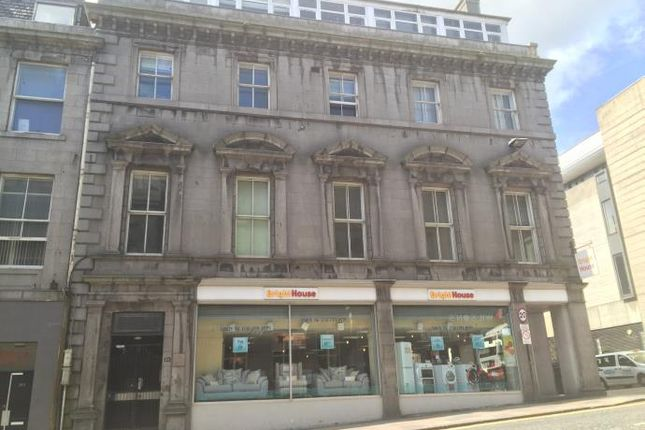 Flat to rent in Market Street, Aberdeen