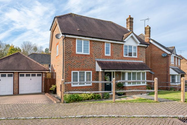 Thumbnail Detached house for sale in Lanyon Close, Horsham