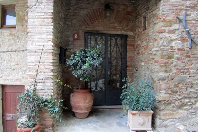 2 Entrance of Monteloro, Anghiari, Tuscany