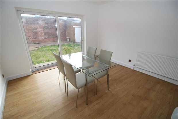 Dining Room of Freemantle Avenue, Blackpool FY4