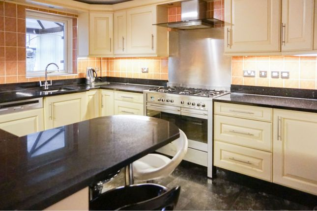 Kitchen of Quarries Way, Kirkby-In-Ashfield NG17