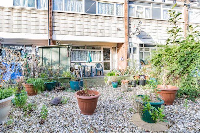 Thumbnail Flat for sale in Shelley Court, Skeltons Lane, Leyton