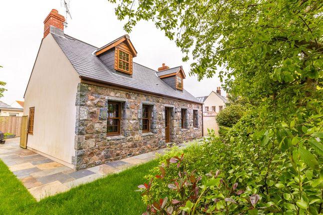 Thumbnail Detached house to rent in Rue De La Villette, St. Martin, Guernsey