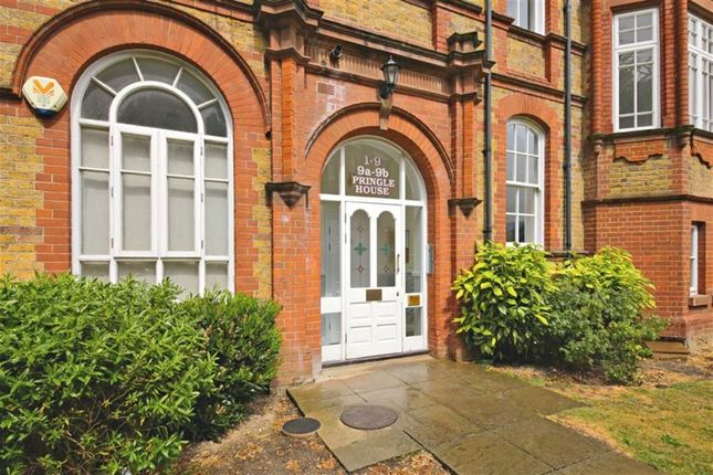 Thumbnail Flat for sale in Pringle House, Winchmore Hill, London