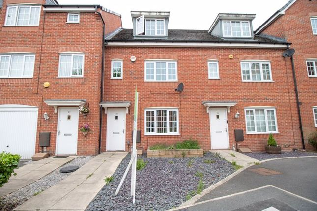 4 bed terraced house to rent in Reed Close, Farnworth, Bolton BL4