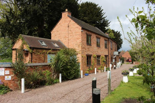 Thumbnail Property for sale in Austrey, Warwickshire