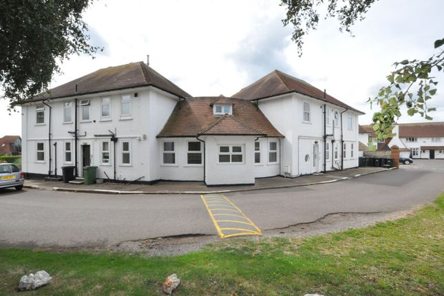 Thumbnail Flat to rent in Cooden Sea Road, Cooden, Bexhill-On-Sea