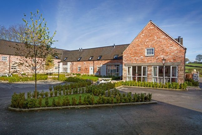 Thumbnail Barn conversion to rent in Dove House Farm, Bylthe Bridge Road, Caverswall