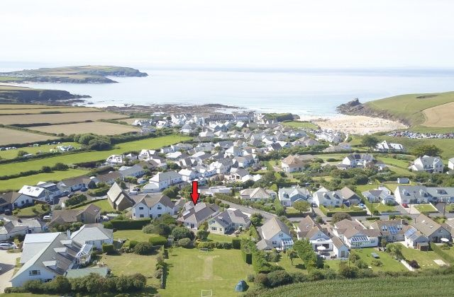 Thumbnail Bungalow for sale in Homer Park Road, Trevone, Padstow