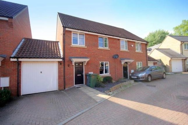 3 bed semi-detached house to rent in Taylor Way, Norwich