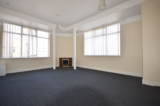 3 bed end terrace house to rent in Peter Street, Blackpool FY1