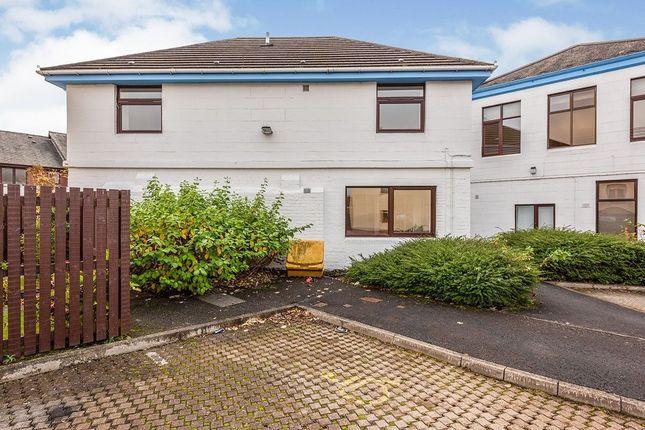 Flat to rent in Grahams Road, Falkirk