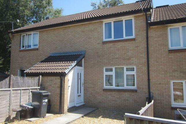 Thumbnail Flat to rent in Gainsborough Way, Yeovil