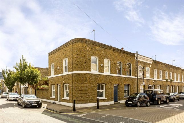Thumbnail Property for sale in Baxendale Street, London