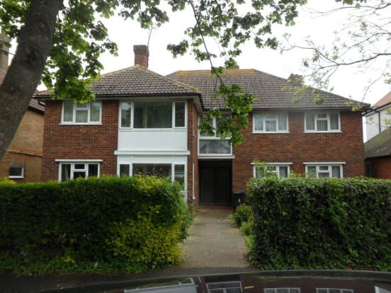 Thumbnail Flat to rent in Sutherland Avenue, Bexhill On Sea