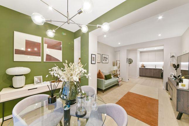 Living Room of Osborn Street, Aldgate, London E1