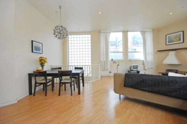 Thumbnail Flat to rent in Southwark Park Road, Bermondsey