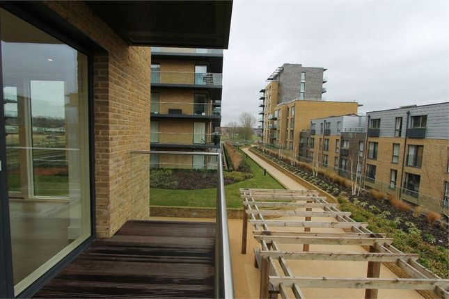 2 bed flat to rent in Wallace Court, 40 Tizzard Grove, London