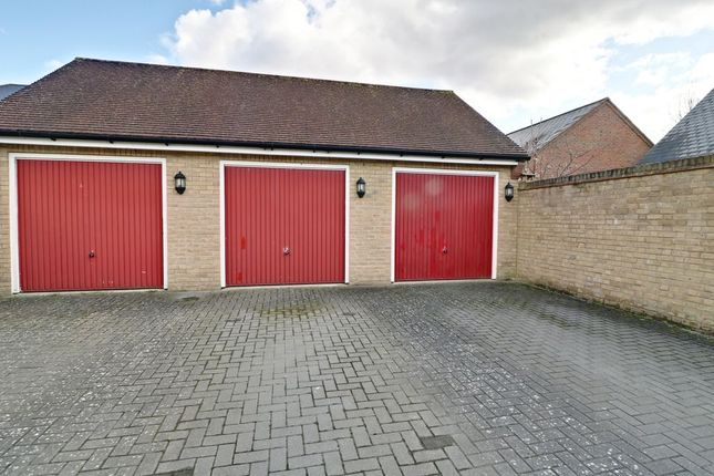Single Garage of Amport Road, Sherfield-On-Loddon, Hook RG27