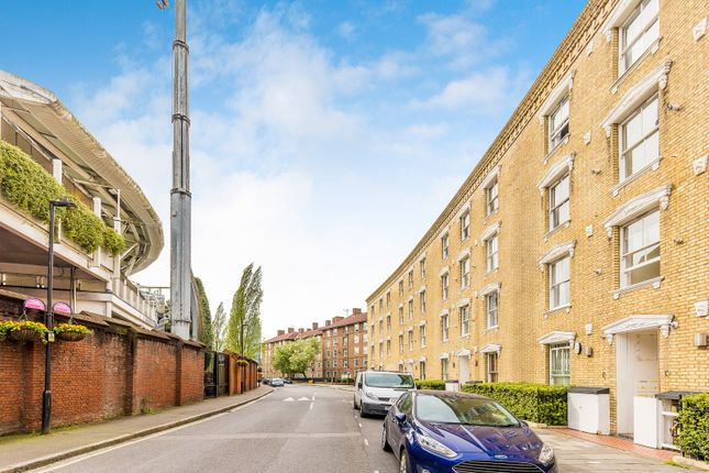Thumbnail Flat to rent in Oval Mansions, Kennington Oval, Oval