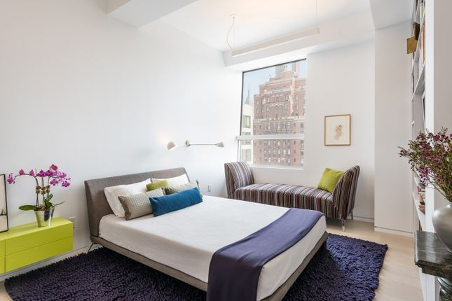 Double Bedroom With City Views