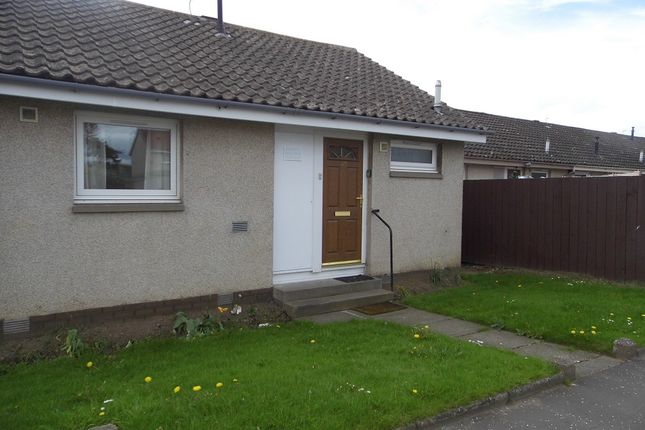 Thumbnail Semi-detached bungalow to rent in Cumbrae Place, Perthshire