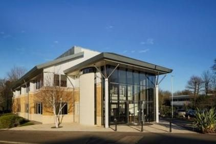 Thumbnail Office to let in Dixcart House, Addlestone Road, Bourne Business Park, Addlestone