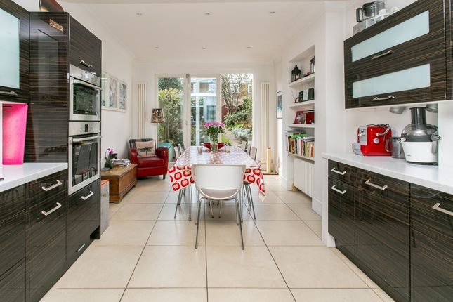 Thumbnail Terraced house to rent in Brockwell Park Gardens, London