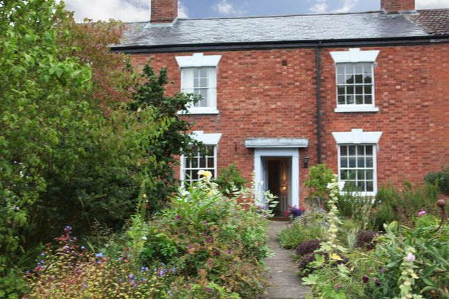 Room to rent in Main Street, Wolston, Coventry