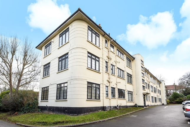 Thumbnail Flat for sale in Manor Green Road, Epsom