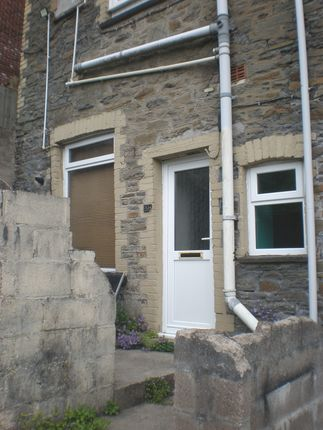Thumbnail Flat to rent in Glancynon Terrace, Abercynon