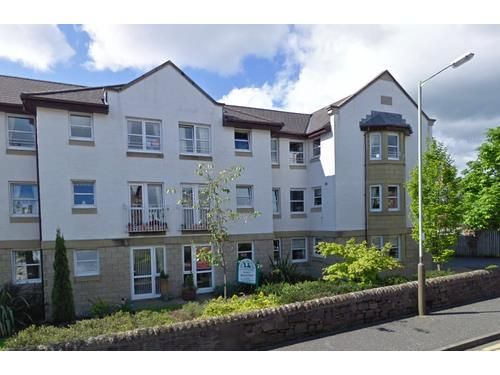 Thumbnail Flat to rent in Glenearn Court, Crieff