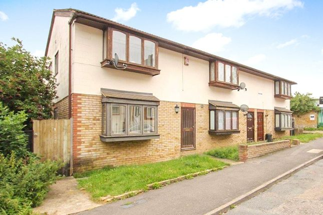 Thumbnail Flat for sale in Alexandra Road, Chatham, Kent