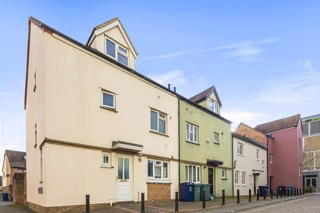 Thumbnail Terraced house for sale in City Centre, Oxford