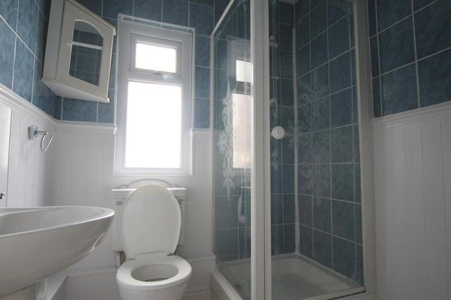 Bathroom of Westdale Road, Wavertree, Liverpool L15