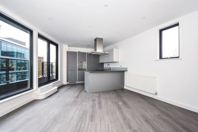 Thumbnail Penthouse for sale in City Place, Victoria Road, Chelmsford