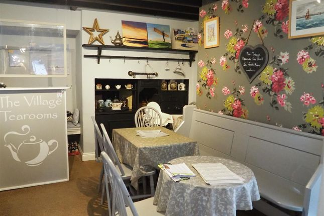Thumbnail Restaurant/cafe for sale in Cafe & Sandwich Bars NE66, Alnmouth, Northumberland