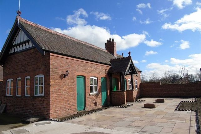 Thumbnail Barn conversion to rent in Yew Tree Court, Nantwich Road, Wimboldsley, Middlewich