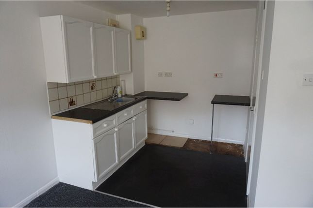 Kitchen of Scott Road, Sheffield S4