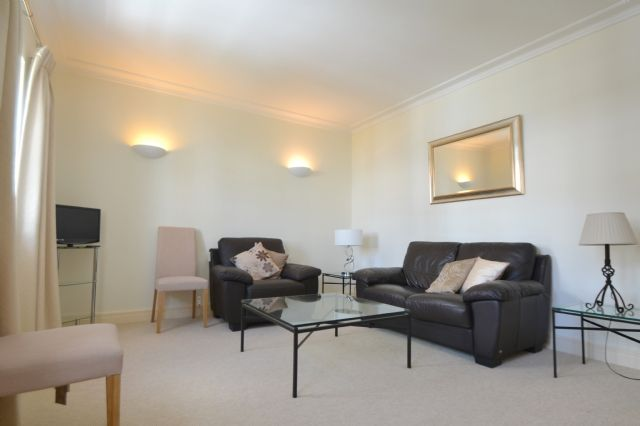 1 bed flat to rent in Juniper Court, St. Marys Place, Kensington Green, London
