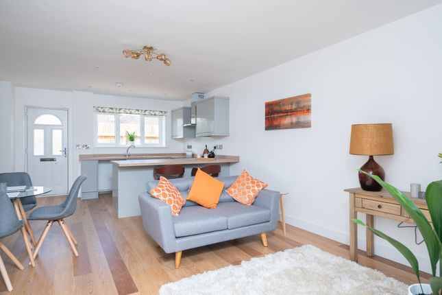 Thumbnail Flat for sale in Stow Road, Moreton In Marsh