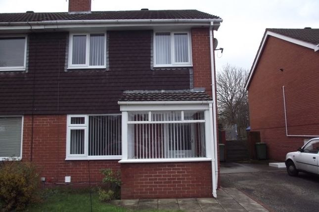 3 bed semi-detached house to rent in Fountains Close, Brookvale, Runcorn