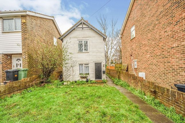 2 bed detached house to rent in Mill Walk, Barming, Maidstone ME16